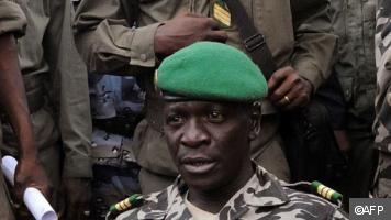 Mali: le capitaine Amadou Sanogo promu au grade de général de l'armée nationale