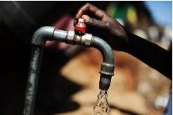 """""""L'Afrique a besoin de 45 milliards de $ par an pour régler son manque d' infrastructures d'eau potable"""" EAA"""