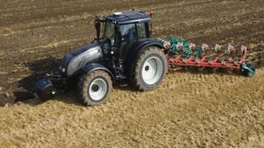 Tchad: 1 000 tracteurs seront rétrocédés aux producteurs pour la campagne agricole