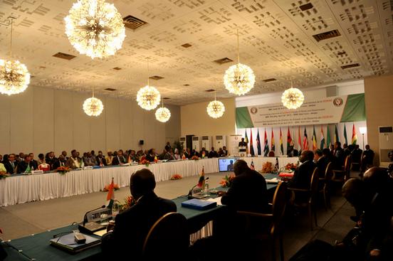 Mali: le Tchad appelle les armées ouest-africaines à accélérer leur déploiement