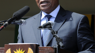 Le président Zuma rend hommage à Dakar au soutien du Sénégal pendant l'apartheid