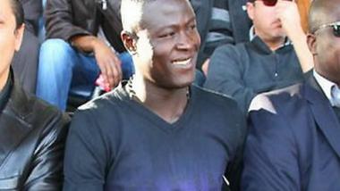 L'attaquant tchadien Ezechiel Ndouassel vient de signer pour deux ans au CS SFAXIEN