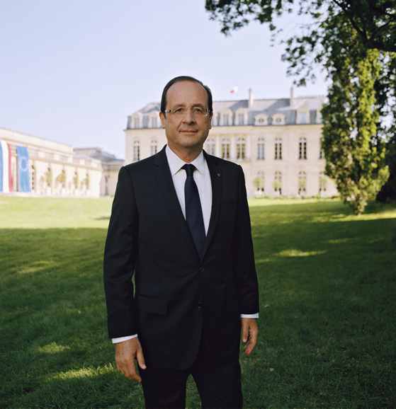 France : le président Hollande reçoit le Prix Félix Houphouët-Boigny pour son action en Afrique