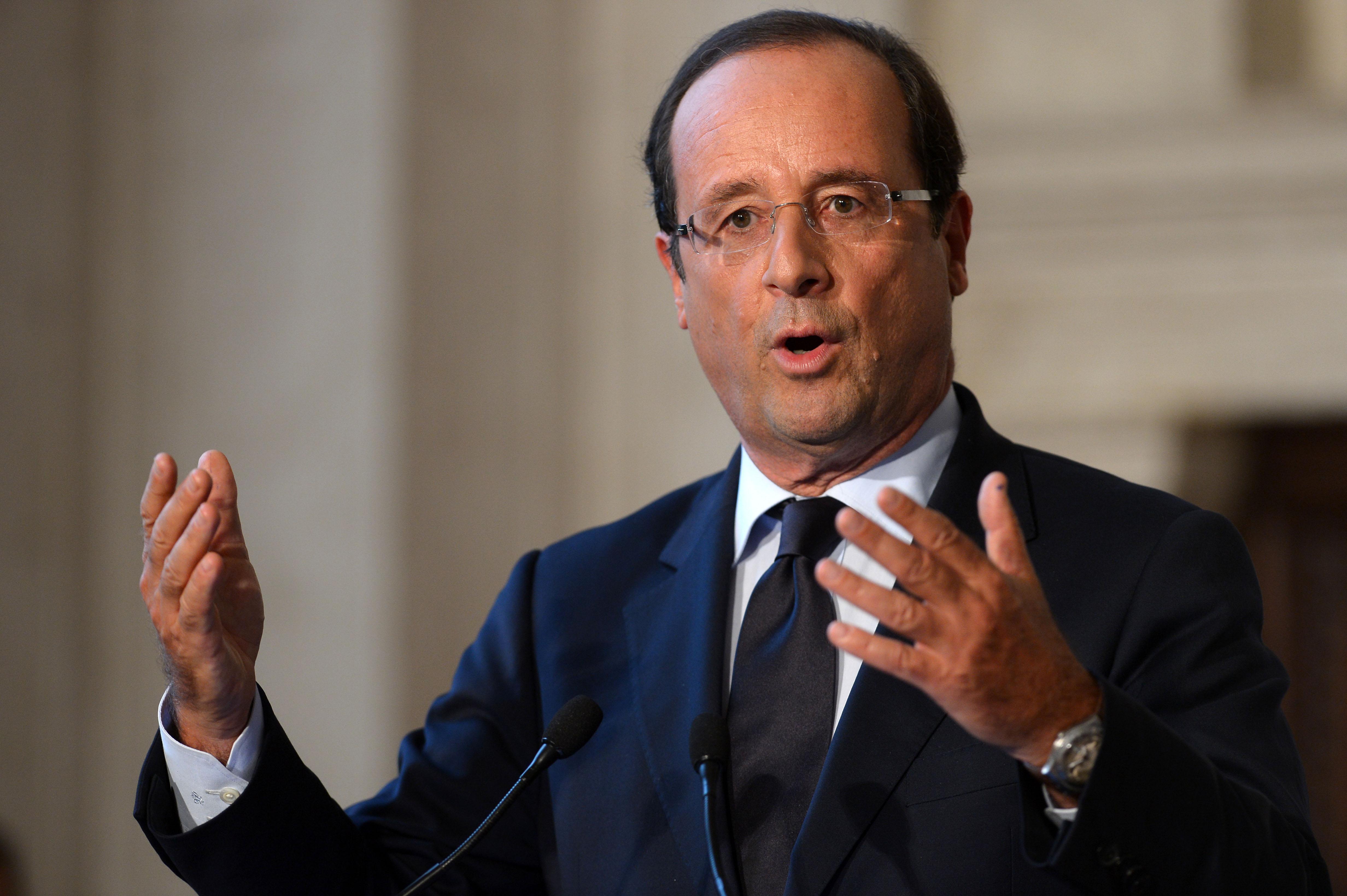 Hollande en Afrique du Sud pour promouvoir les relations bilatérales