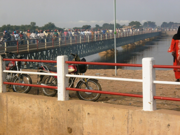 N'Djamena : le Maire interdit l'accès du pont à double voie aux motocyclistes