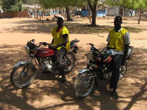 La Confédération libre des travailleurs du Tchad  installe le syndicat des mototaxis