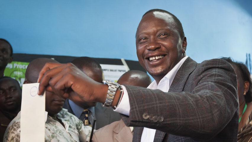 L'UA soutient les Kényans Uhuru Kenyatta et William Ruto face à la CPI