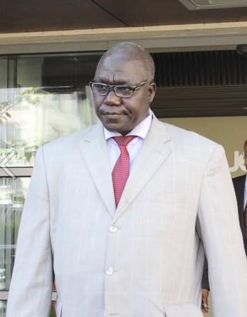 Tchad: quand le Petit journal de Canal plus tacle Deby et son ministre de la culture