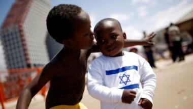 Israël offre une aide militaire aux pays africains disposés à accueillir les immigrés et demandeurs d'asile