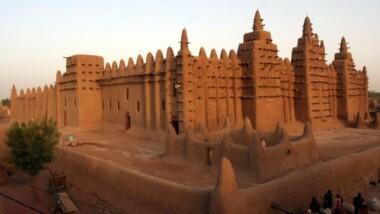 Mali : l'UNESCO lance la restauration du patrimoine culturel détruit à Tombouctou