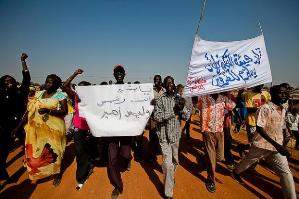 Un calme précaire règne à Khartoum après les manifestations sanglantes