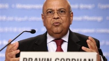 Des milliards de dollars sortent illégalement d'Afrique selon le ministre des Finances d'Afrique du Sud