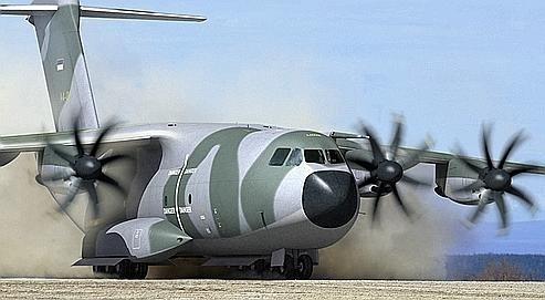 Crise centrafricaine : l'Algérie promet la fourniture d'avions de transport de troupes à la MISCA