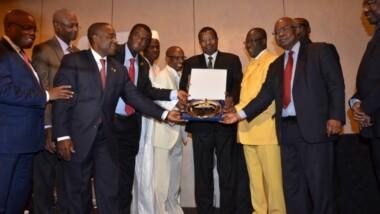 Le PDG du Groupe ALMANNA Abakar Tahir Moussa primé par le Conseil international des managers africains