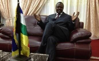 """Centrafrique: """"le changement intervenu à N'Djaména n'est pas un putsch"""" Alexandre Nguendet président du CNT"""