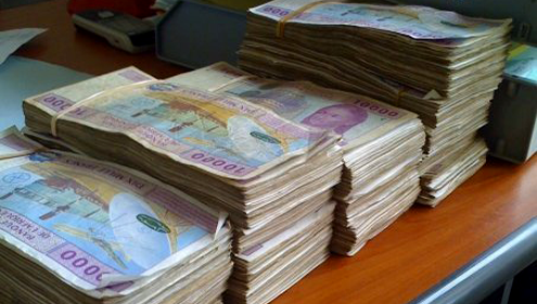 Fonction publique : les fonctionnaires payés au « billetage » en grève depuis hier.