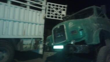 N'Djamena : avenue du 10 octobre, cimetière des gros-porteurs