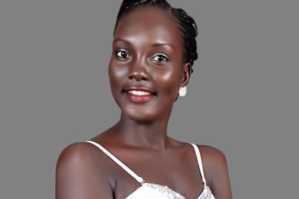 Interview : Sakadi DJIVIRA Miss Tchad 2014 participera à Miss Monde 2014