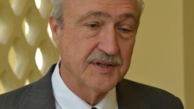 L'ambassadeur Américain, James Night élevé au grade d'officier de l'ordre national du Tchad