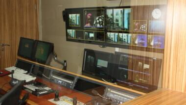 Rencontre entre média et la commission en charge du passage de l'analogique au numérique