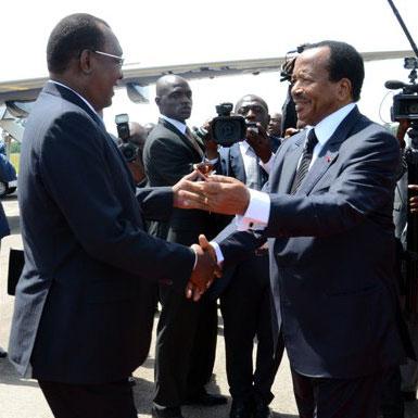 Idriss Déby en visite de travail au Cameroun