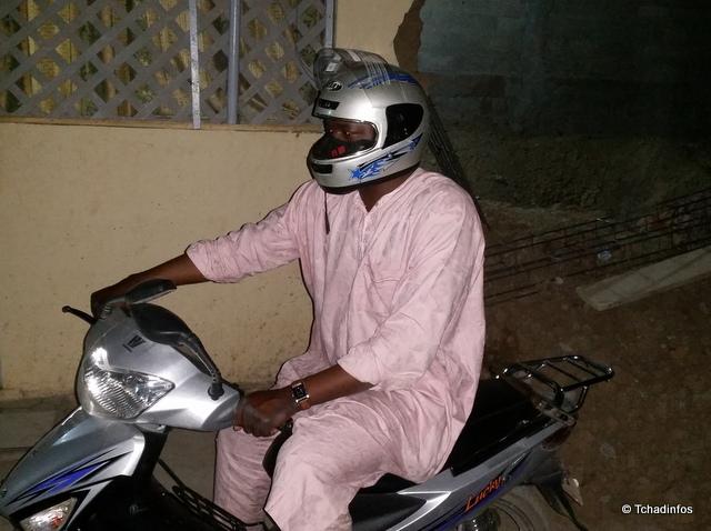 N'Djamena : port du casque obligatoire pour les motocyclistes, la police se frotte les mains
