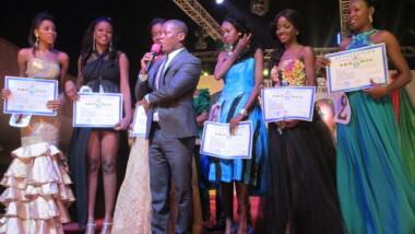 Miss Gabon est élue Miss CEMAC 2015
