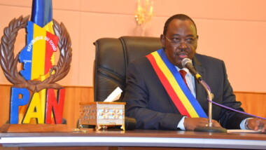 Tchad: la Chine offre des matériels informatiques et bureautiques à l'Assemblée nationale