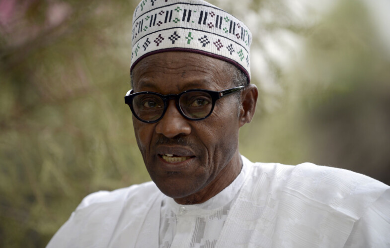 Nigeria : Buhari vire les chefs militaires