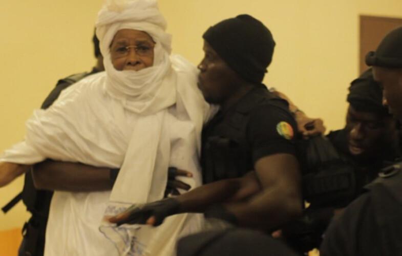 Procès Habré : l'ancien président tchadien sera contraint par la force à comparaître mardi