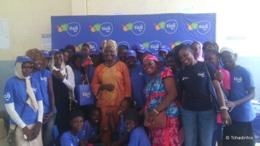 Tigo et l'AEPF forment des jeunes filles sur l'usage responsable d'internet