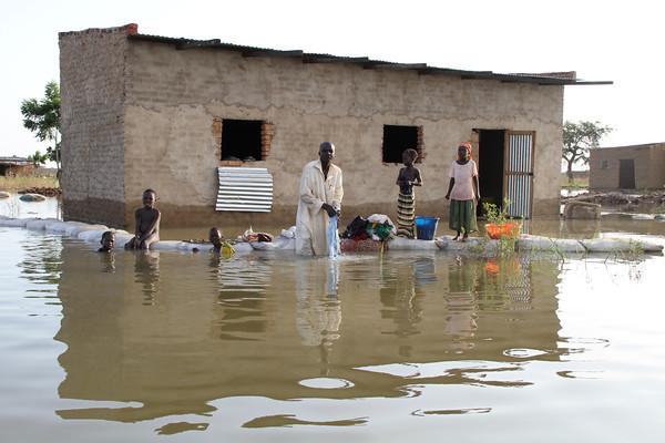 Inondations : près de 120 000 déplacées et 10 morts au Tchad