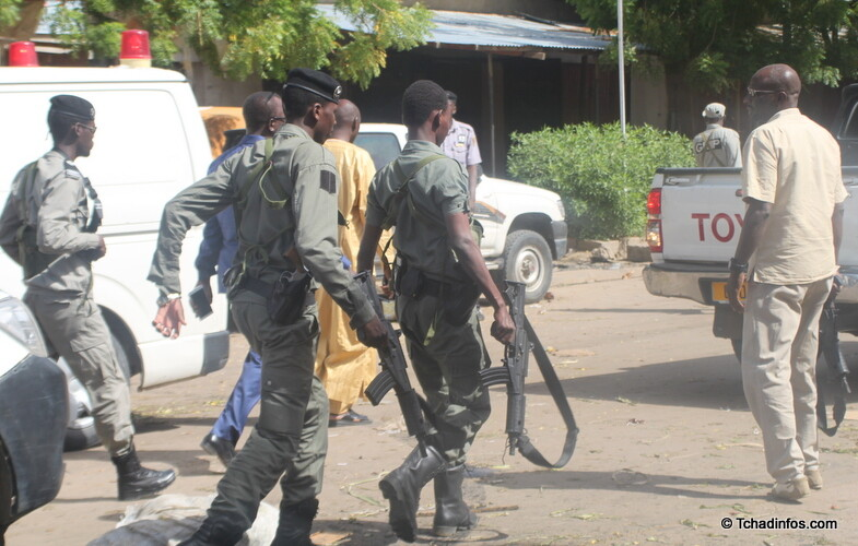"""Tchad : un présumé terroriste criant """"Allahou Akbar"""" abattu devant la présidence"""