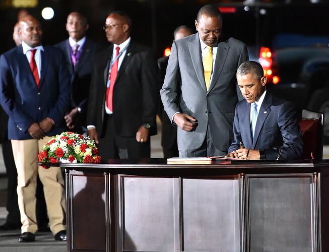 Droits des homosexuels en Afrique : le président kényan dit à Obama que ce n'est pas une priorité