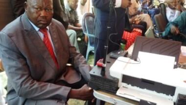 L'opposition politique demande le prolongement du recensement biométrique