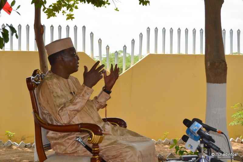 """""""Khadafi a été tué parce qu'il dérangeait. Et les gens n'aiment pas ceux qui dérangent"""" Idriss Deby Itno"""