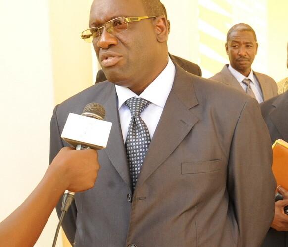 """Tchad : """"Les indemnités et primes ne sont pas supprimées"""" Abderamane Mouctar"""