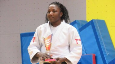 La Tchadienne Carine NGARLEMDANA remporte la médaille d'or au Tournoi International de Cergy France
