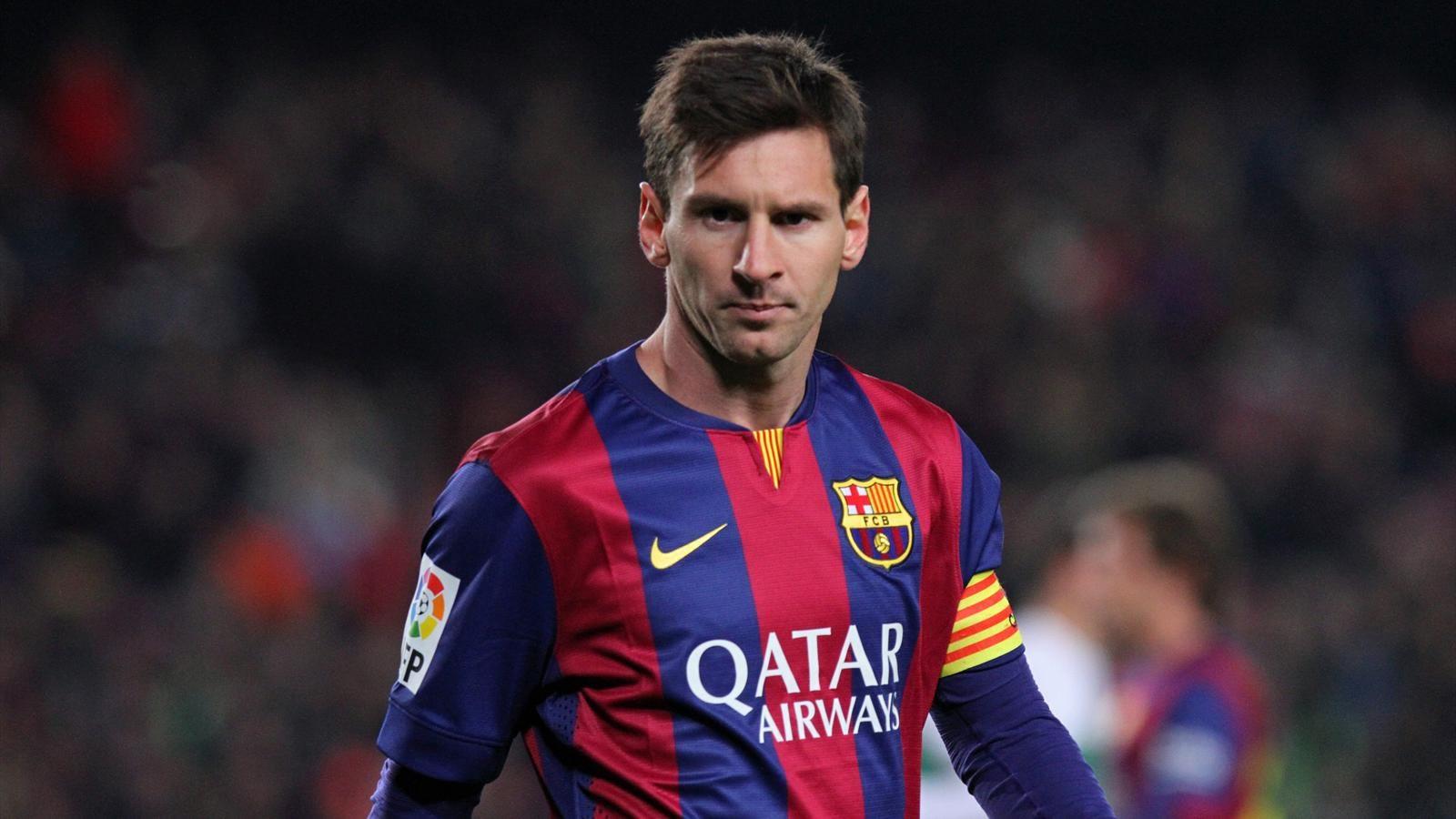 FIFA : Lionel Messi remporte le Ballon d'Or 2015