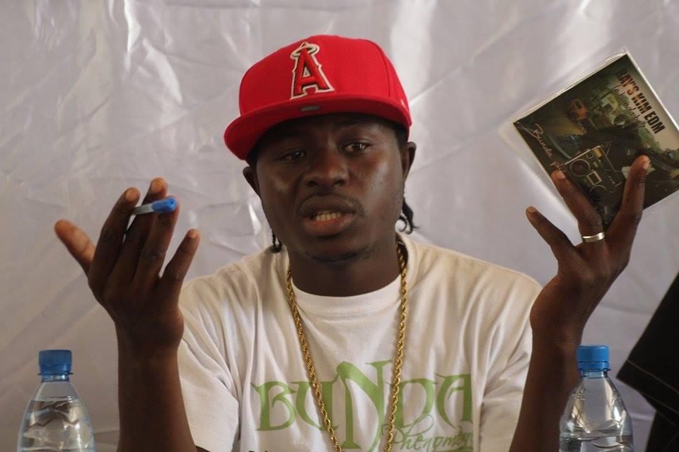 Culture : Ray's Kim lance son album Bunda