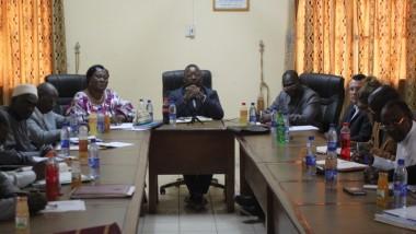 Le ministre de la formation professionnelle et des petits métiers échange avec les partenaires