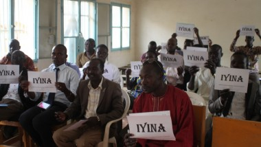 Tchad : une dizaine des personnes habillés en rouge aux arrêts