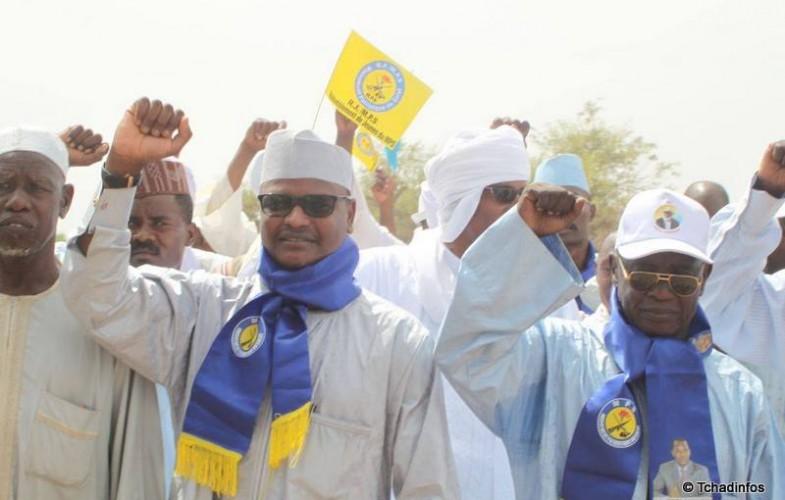 """Présidentielle 2016 : """"Le Figuier des Kolomates"""" à la conquête des villages du Salamat pour le MPS"""