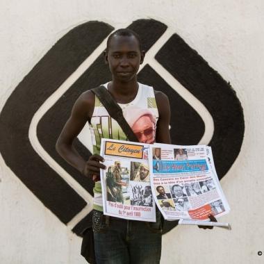 Human of N'Djamena : Takadji Mahamat Ramadan, vendeur à la criée de journaux