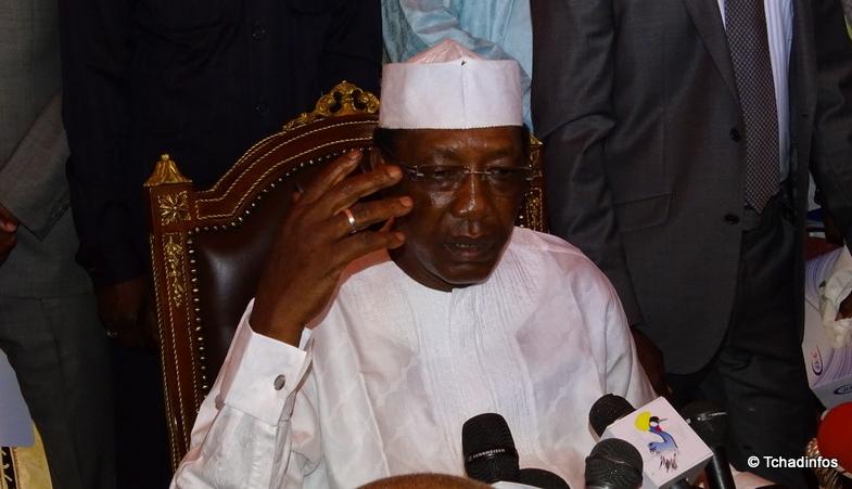 Tchad : le président Déby signe des textes maîtrisant les dépenses publiques