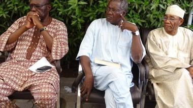 Tchad: l'opposition rejette la réélection du président Déby Itno