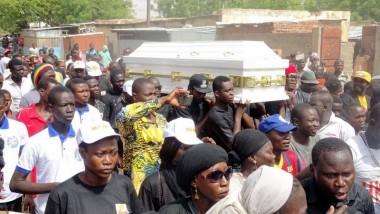 Société : les Tchadiens rendent un dernier hommage à Hassan Keiro