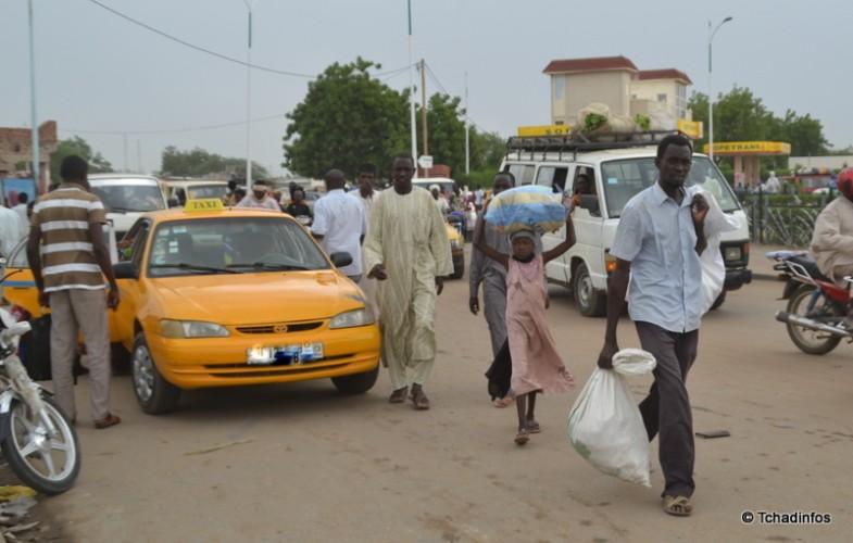 Sécurité routière : le mauvais stationnement des minibus et taxis fait râler la population
