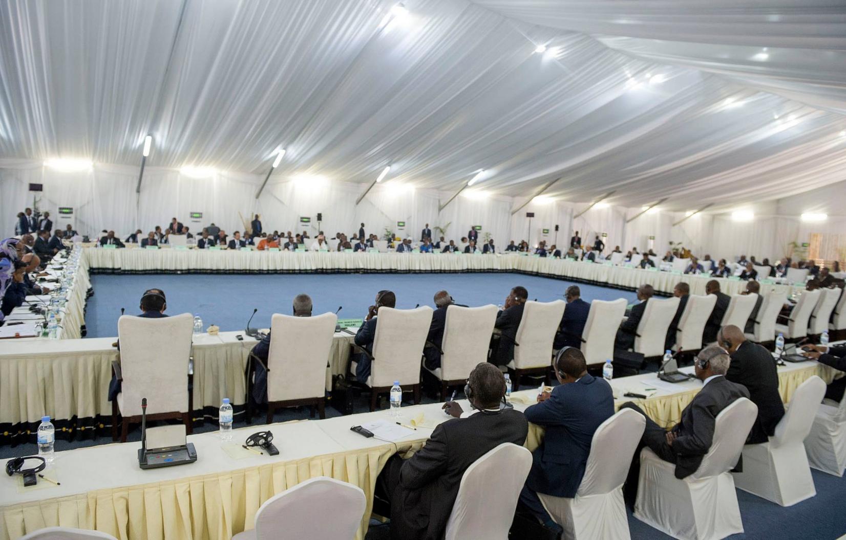 """Le président rwandais inaugure le 27ème sommet de l'UA avec un appel à l'""""unité"""""""