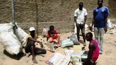 Tchad : ces enfants qui ne vivent que de la poubelle